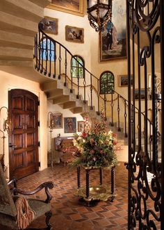A Mediterranean Muse - Palace-Homes Of Southern Spain Inspire The Ambassador To Portugal's House of Dreams In Fort Myers