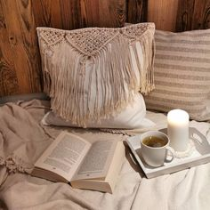 #makramee #macrame #cushion #pillow Makramee Kissen Handgeknüpft aus Baumwollseilen Throw Pillows, Bed, Cushion, Cushions, Decorative Pillows, Decor Pillows, Beds, Bedding, Scatter Cushions
