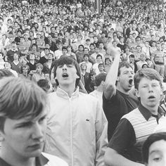 """""""Chelsea fans in the West Stand at Stamford Bridge, Photo Jon Ingledew. Football Casuals, Football Fashion, Uk Football, Uk Culture, Youth Culture, Sergio Tacchini, Casual Art, Chelsea Fans, Vintage Sneakers"""