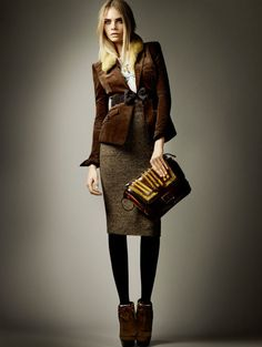 Winter fashion inspiration: Burberry. My goal this winter, recreate this style. it will be my pro business service woman mode!