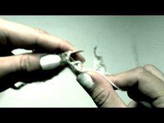 Aviga maskor, tvåändsstickning - Twined Knitting Purl Stitch