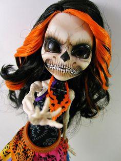 OOAK Monster High Skeleton Skelita   eBay