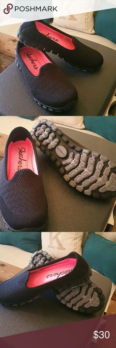 Skechers Memory Foam shoes Skechers Memory Foam shoes  Very good condition  Size 7 Black color Skechers Shoes Flats & Loafers