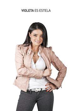 Ella es Violeta Isfel e interpreta a Estela en Cheka tu Mail. ¡GRAN ESTRENO 14 DE AGOSTO!