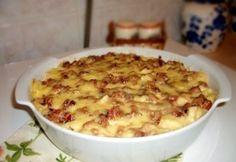 Rakott galuska 2. - tejfölös-tarjás Meat Recipes, Pasta Recipes, Hungarian Recipes, Tortellini, Gnocchi, Cheeseburger Chowder, Macaroni And Cheese, Food And Drink, Pork