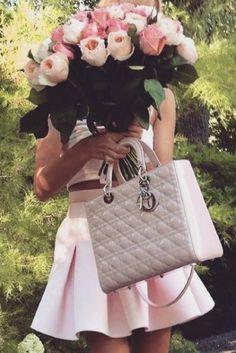 - Dior Purse - Ideas of Dior Purse - Lady Dior, Moda Mania, Fashion Bags, Womens Fashion, Fashion Trends, Cristian Dior, Look Rose, Miss Dior, Just Girly Things