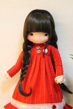 Free diy doll pattern more – Artofit Diy Doll Pattern, Crochet Doll Tutorial, Doll Patterns, Doll Toys, Baby Dolls, Polymer Clay Dolls, Waldorf Dolls, Soft Dolls, Doll Crafts