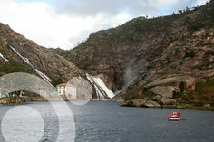 Ezaro waterfall. Find all the information to plan your trip to #Carnota in www.qnatur.com