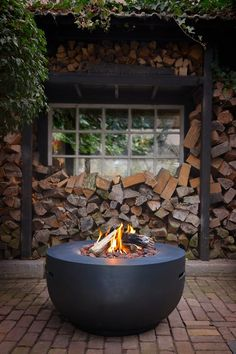The Cocoon Table Fire Bowl is a modern Outdoor Fire Pit. This stunning Outdoor Fire Pit from Spa Living can be used in gardens, terraces, patios or even balconies. Outdoor Fire, Outdoor Decor, Fireplace Garden, Fire Pit Designs, Fire Bowls, Gas Fires, Garden Styles, Garden Inspiration, Design Inspiration