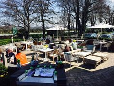 Dining in the Sun. #knutsford #Cheshire #sun #relax #dining