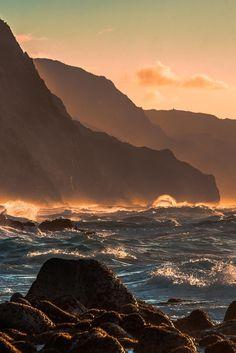 Ke'e sunset / Judicael Aspirot Sunset on Ke'e beach ( Hawaii )