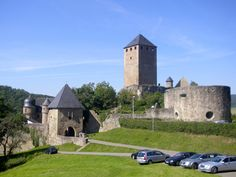 Landkreis Kusel: Burg Lichtenberg. This castle is in the village I was born. It is need and fun to see.