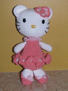 Hello Kitty Puppchen Hakeln Amigurumi : Hello Kitty Crochet Dolls ? on Pinterest Hello Kitty ...