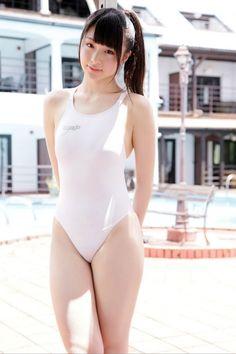 【ふっくら不可避!】 ピッチピチの競泳水着を着た途端に女性はエロいボディになるのは何故なのかッ wwwwww !? (※画像まとめ) | あゆーにゃ
