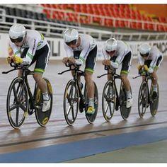 Australia represent at the Call track world cup team pursuit. Photo by Yuzuru Sunada forpelotonmagazine