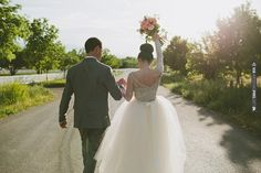 love this photo! | CHECK OUT MORE IDEAS AT WEDDINGPINS.NET | #weddings #weddinginspiration #inspirational