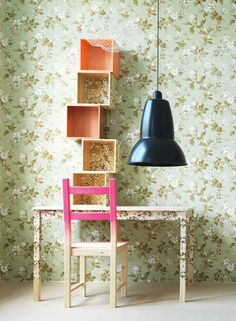 Fab ways to do 'big patterned' wallpaper