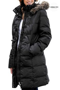 Winter Style // Complete a cozy look this winter in this faux fur hooded quilted puffer jacket.