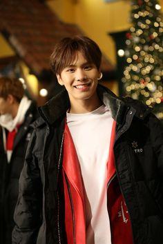 """[18.01.17] Shooting """"Idol VR Drama"""" - Rocky"""