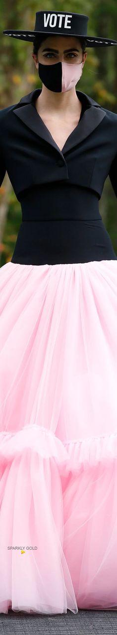 Christian Siriano Spring 2021 RTW #SparklyGold ❀ Christian Siriano, Bebe Rexha, Jeremy Scott, Carolina Herrera, Editorial Fashion, Red Carpet, High Waisted Skirt, Tulle, Glamour