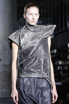 Visions of the Future // Rick Owens Spring 2016 Ready-to-Wear Fashion Show Details