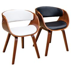 The Brando dining chair is a well padded designer chair covered in a black or white leather-look material on the seat and back. The shaped plywood frame gives this chair a designer 50's look which is sure to impress your friends and guests.