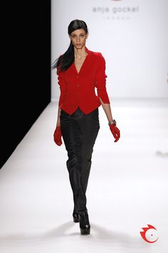 "anja gockel - trademark ""gockel red"" taper-cut blazer and shiny silk trousers"