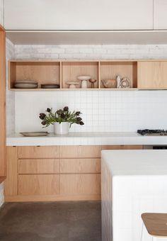 Home Interior Salas (RFP)Bismarck House by Andrew Burges Architects Interior Desing, Interior Modern, Kitchen Interior, New Kitchen, Interior Architecture, Kitchen Dining, Minimalist Interior, Room Kitchen, Modern Decor