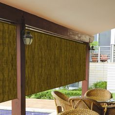Features:  -Made from UV stabilized materials.  -Aluminum head and bottom rails for added strength and durability.  -Exterior roller shade with durable roller clutch mechanism.  -Shade will block heat