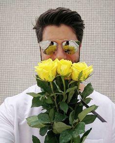 Muito amor com o lindo @kadudantas e seu Dior 204!  #oticaswanny #kadudantas #dior #oculosdior #oculosespelhado
