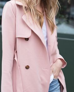 The best pink trench