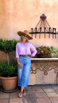 over 50 fashion blogger cindy hattersley in peruvian connection hat and top shop jeans, and J crew linen shirt Over 50 Womens Fashion, Fashion Over 50, Women's Summer Fashion, Fashion 2020, Women's Fashion, Funky Fashion, Hijab Fashion, Street Fashion, Chic Over 50