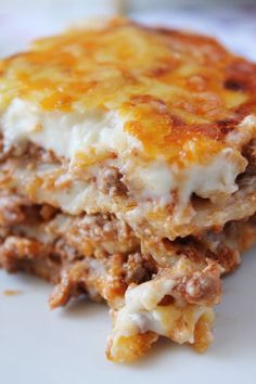 Meat Lasagna step by step - drinkes Pasta Recipes, Dog Food Recipes, Snack Recipes, Cooking Recipes, Yummy Snacks, Yummy Food, My Favorite Food, Favorite Recipes, Guisado