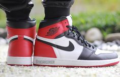 An On-Feet Look At The Air Jordan 1 Retro High OG Black Toe