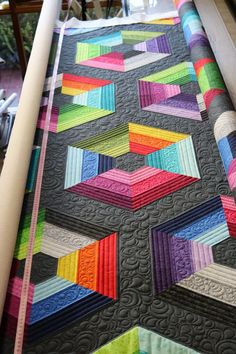 Triangle Quilt Pattern, Hexagon Quilt, Triangle Quilts, Triangles, Patchwork Quilt Patterns, Quilt Patterns Free, Strip Quilts, Easy Quilts, Jaybird Quilts