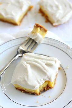 Triple Layer Paleo Lemon bars - gluten free, dairy free, and #paleo with coconut whipped cream #grainfree