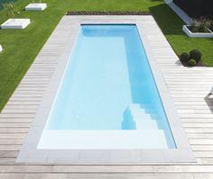 Pool Pavers, Swimming Pool Landscaping, Pool Decks, Pool House Designs, Backyard Pool Designs, Piscina Rectangular, Square Pool, Small Pool Design, Mini Pool