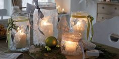 Turning a plain glass jar into a work of art takes only a few craft materials and some creative DIY Christmas jar crafts ideas! Candle holders or gifts, the Diy Christmas Jar Crafts, Christmas Jars, Farmhouse Christmas Decor, Christmas Decorations, Mason Jar Diy, Mason Jar Lamp, Candle Jars, Candle Holders, Candles