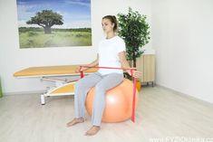 Uvolňující cvičení na ramenní pletenec - komplexní cvičení pro svaly zápěstí, rukou, ramen, zad a dolních končetin Floor Chair, Health Fitness, Excercise, Diet, Ejercicio, Exercise, Sports, Work Outs, Exercises