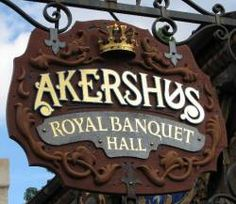 Akershus Royal Banquet Hall - Norwegian restaurant that features character dining with the princesses -- called Princess Storybook Dining -- at breakfast, lunch and dinner. Breakfast Potato Casserole, Potatoe Casserole Recipes, Disney Vacation Planning, Disney Vacations, Disney Travel, My Favorite Food, Favorite Recipes, Yummy Treats, Yummy Food