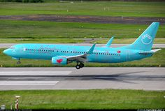 Boeing 737-8HX aircraft picture