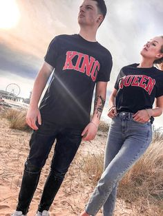 Hamburger Haenger® King & Queen Varsity T-Shirt King Queen Shirts, King Shirt, Cute Couples Goals, Couple Goals, Couple Style, Cute Couple Outfits, Cute Boyfriend Gifts, Matching Hoodies, Couple Tees