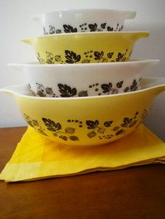 Black and Yellow Gooseberry Pyrex Cinderella bowls.