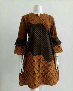 African Print Dress Designs, African Print Fashion, Blouse Batik, Batik Dress, Batik Fashion, Hijab Fashion, African Wear, African Dress, Dress Brokat Muslim
