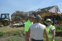 LCIF provided US$60,000 to assist the victims of the tornado in Joplin, Missouri. Lions from around the United States also came together to donate an additional US$80,000 in disaster relief funds.