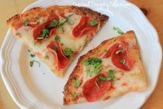 Cauliflower pizza crust? This i have to try!