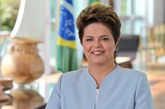 Por Dentro... em Rosa: Quem envergonhou o Brasil aqui e lá fora?