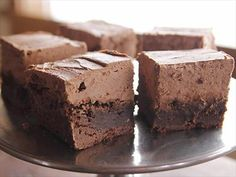 Watch videos about The Pioneer Woman Pickup Picnic Highlights from Food Network.- Mile High Brownies