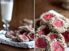 Raw Strawberry Thumbprint Cookies —Raw Food Rawmazing Raw Food