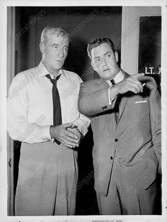 "Actors William Hopper and Raymond Burr ""Perry Mason"" Press Photo 1959"